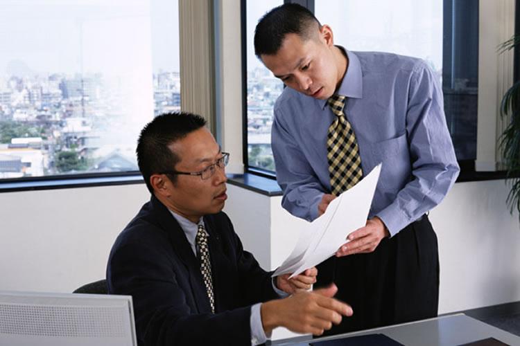 日本に比べて海外のビジネスではハッキリと物を言うことを求められる