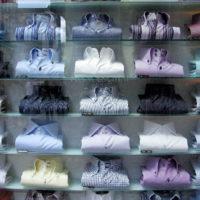 """ワイシャツやブラウスの""""色""""がビジネスで与える印象の違い"""