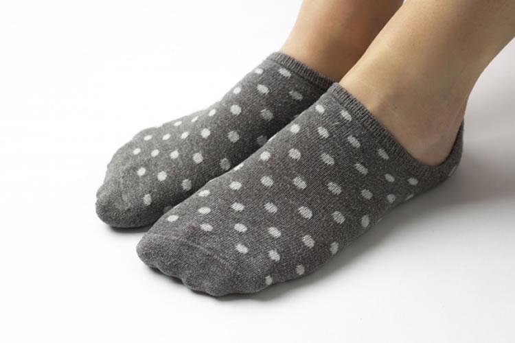 長い靴下を履く