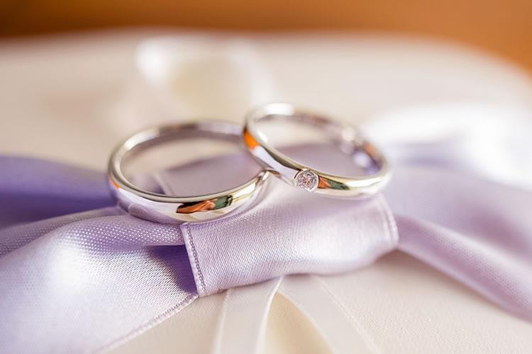 婚約指輪売買サービス