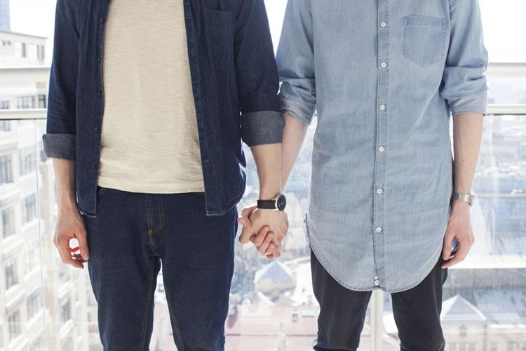 同性愛者向けの結婚関連サービス