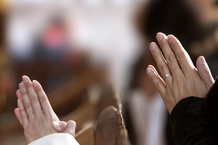 300種の教義のお祈りを聞くことができる「お祈り装置」