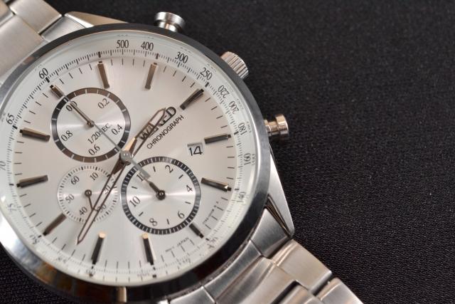 腕時計・ブレスレットは外す