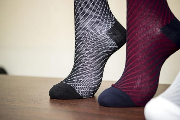 消臭靴下や抗菌靴下でもニオイ対策ができる