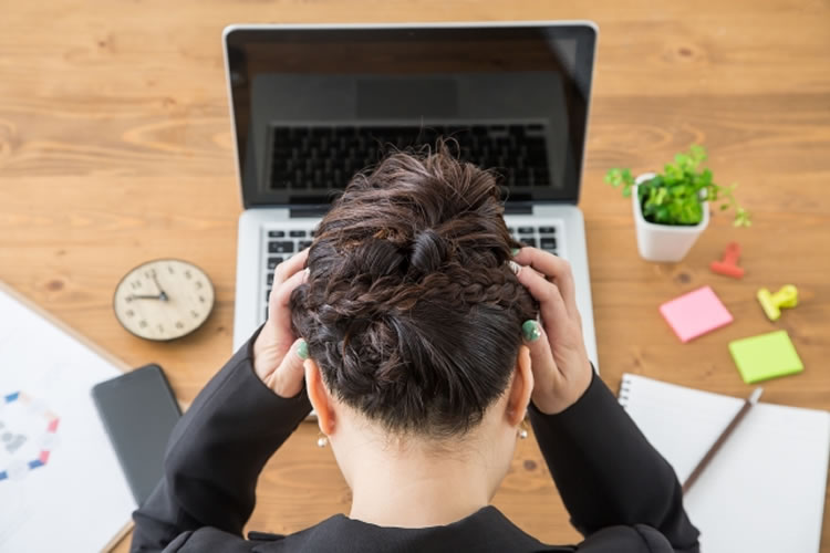 従業員の能力の差や人材不足