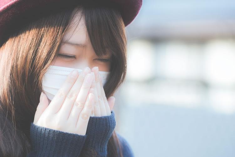 依存症!?女性がマスクをつける理由と心理