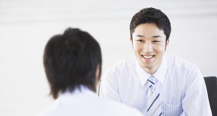 辞める前に就職先を決める方が有利