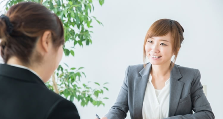 ステップ2:直属の上司に退職する意志を伝える