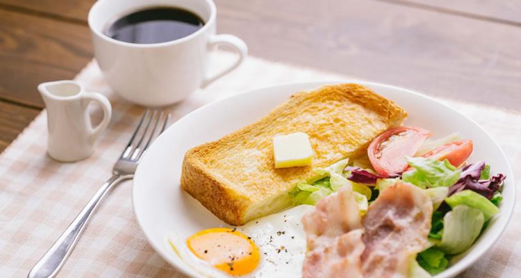 朝食を食べることで脳が活性化する