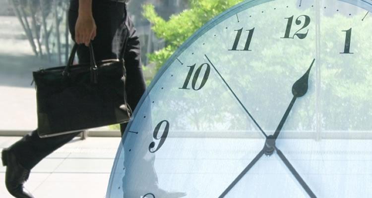 労働時間は8時間までが原則
