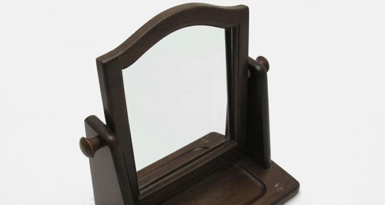 鏡やグラスなどの割れ物
