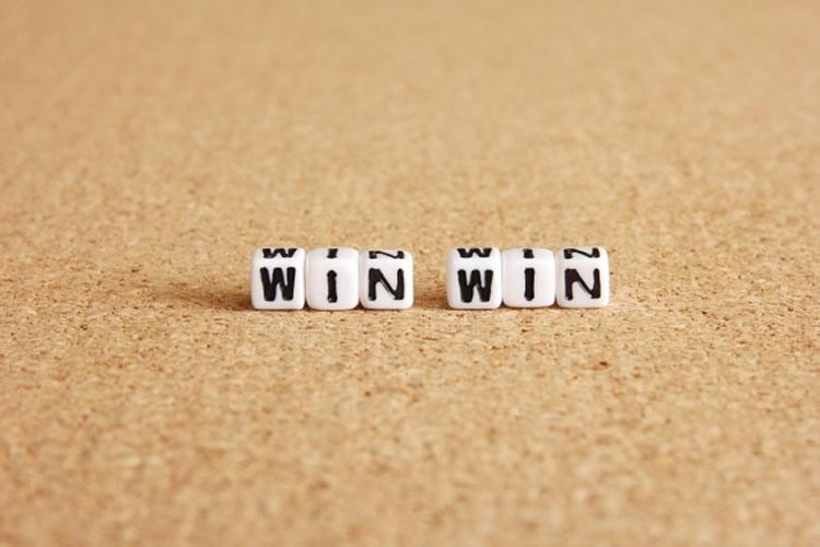 「ウィンウィン(win-win)」の意味とは?使い方と例文
