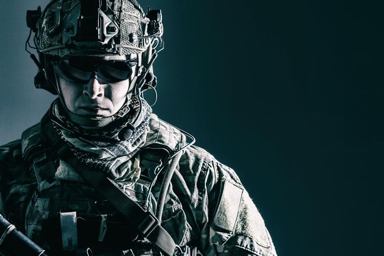 「兵士」「兵隊」「軍人」の意味と違い