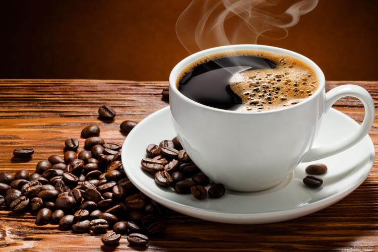 「デカフェ」「カフェインレス」「ノンカフェイン」の違いとは
