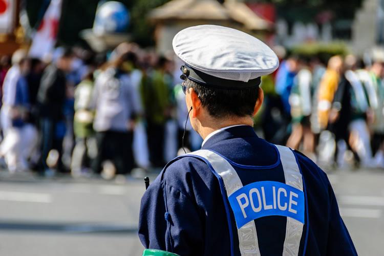 「警察」「警察官(警官)」「刑事」「警部」の意味と違い
