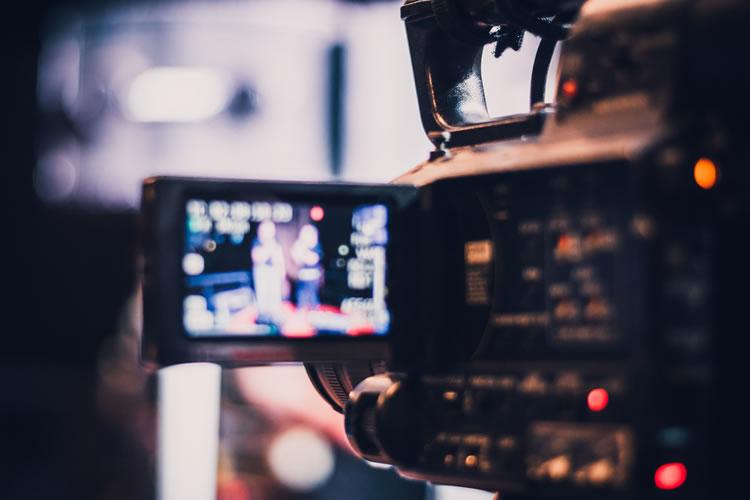 「映像」と「動画」の意味と違い