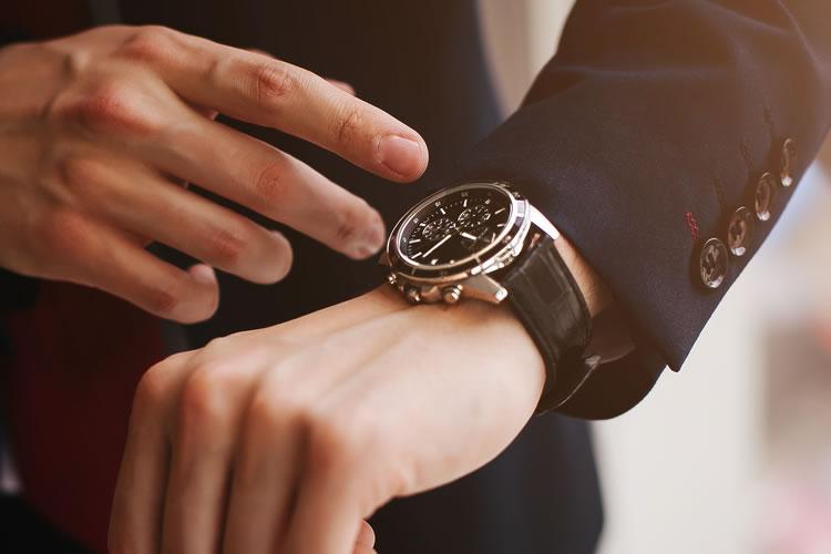 時間を貴重と考えられる人は副業でも成功する