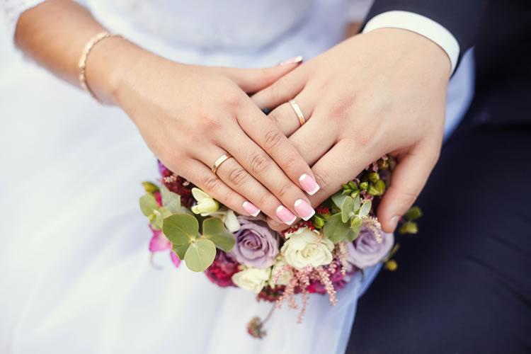 結婚に向けての具体的な期限を決める