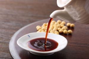 「濃口醬油」と「薄口醤油」の違い
