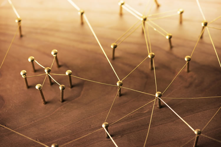 仕事上で構築した人脈や信頼関係を活用できる
