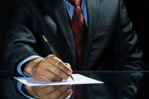 取締役の意味とは?主な4つの機能と従業員との違い5選