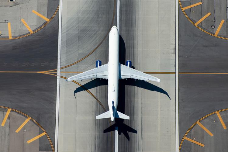 「飛行機」「航空機」の意味と違い