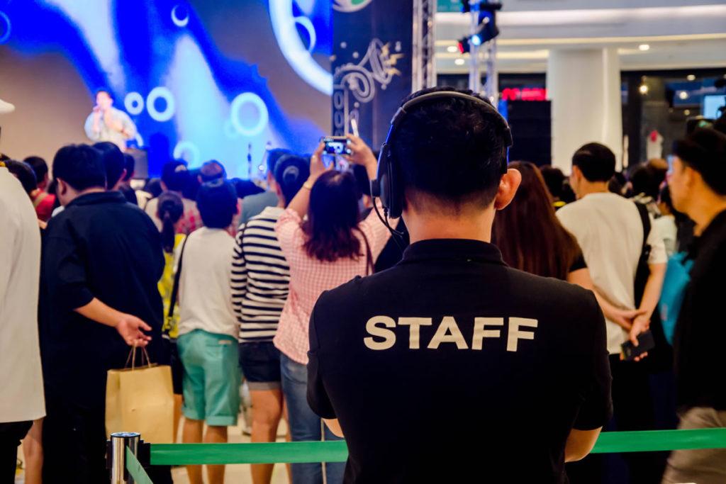 イベントスタッフやボランティア