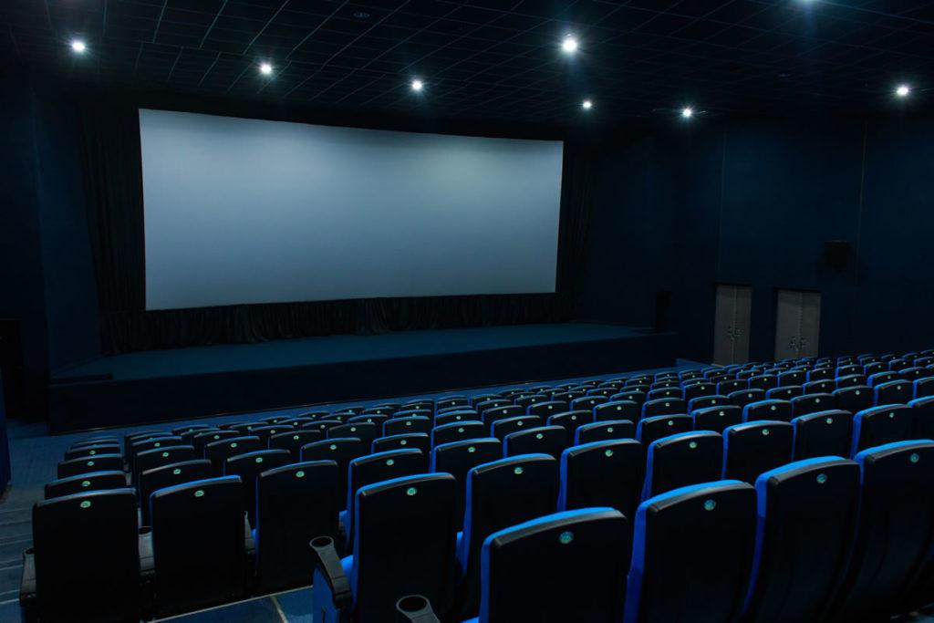 映画館:レイトショー